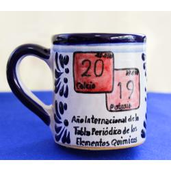 Taza Año Internacional de la Tabla Periódoca
